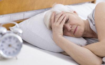 Insonnia in menopausa: cause e rimedi per superarla